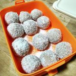Coconut Butter Fat Balls ala Ridhanda
